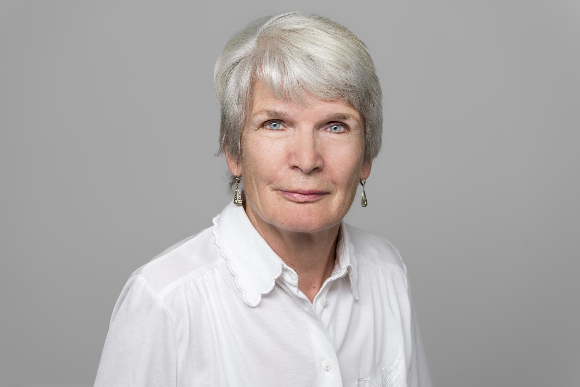 Monika Oschlies